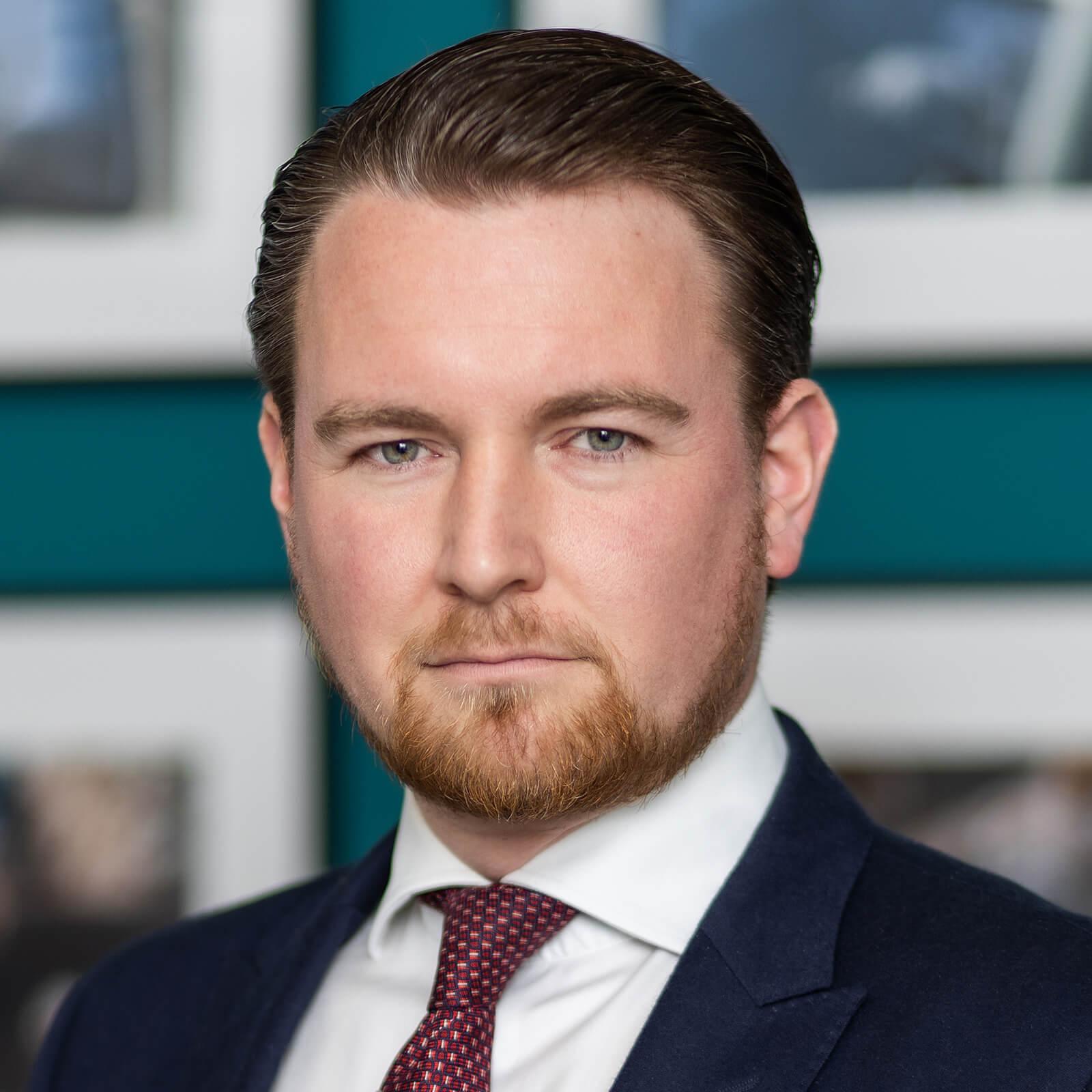 Portrait - Rechtsanwalt Clemens-August Graf von Plettenberg - Birkenstock Rechtsanwälte